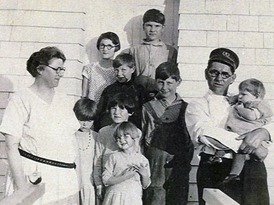 Keeper Willie Corbett and his family served at Little River Light Station from 1921 to 1939.  (FLRL photo)